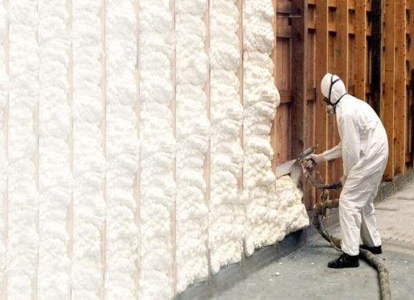 Spray Foam Insulation in Vancouver, BC